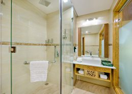 4 star hotel danang bath