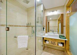 4 star hotel danang bath