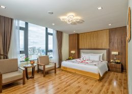 executive king room centre hotel da nang amenities