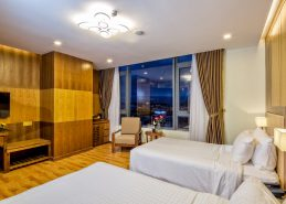 deluxe twin room da nang accommodation beach facilities