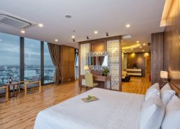 signature penthouse room holiday in da nang facilities