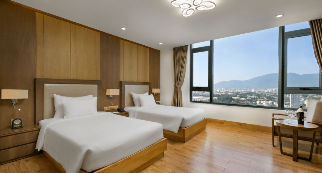 deluxe twin room da nang hotel near beach