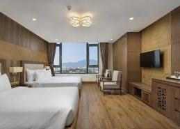 4 star hotel danang deluxe king room