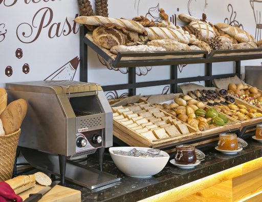 best da nang accommodation buffet breakfast