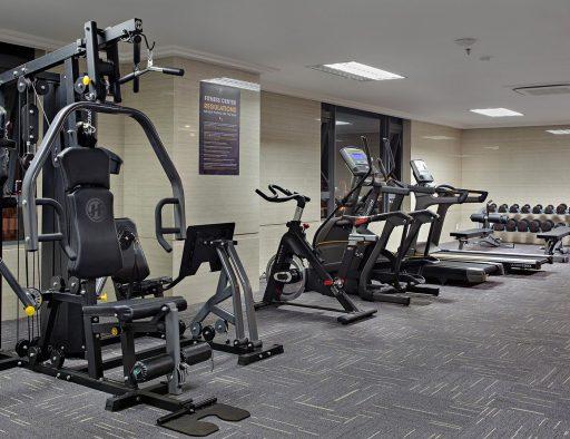 da nang hotel near beach fitness center room