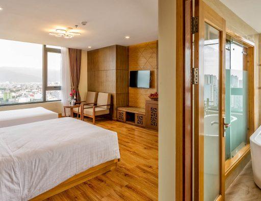 holiday in da nang premier triple room