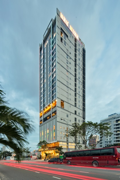 Da Nang Beach hotel