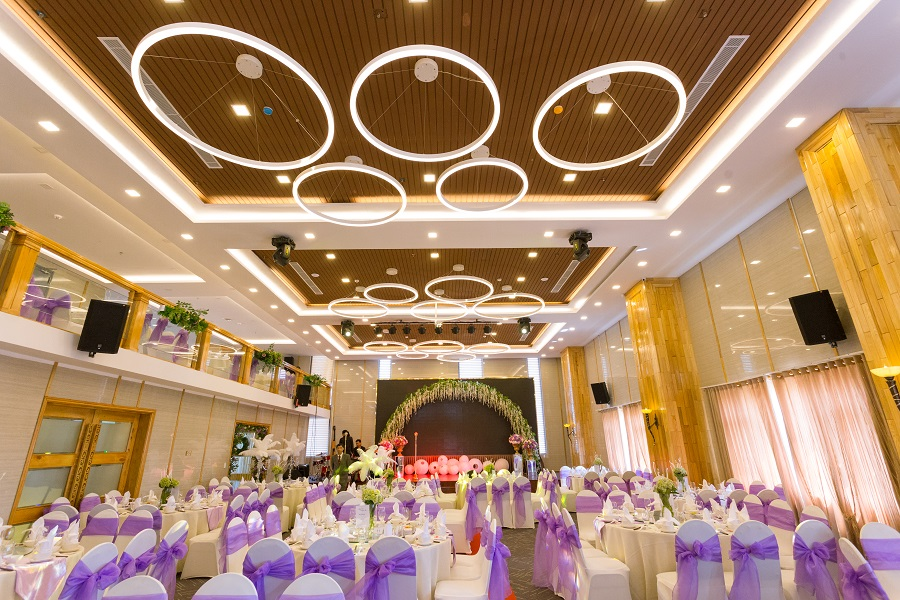 Top 10 hotels with the most beautiful wedding reception hall in Da Nang