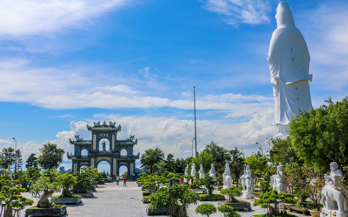 TRAVEL GUIDE FOR A 3 DAYS 2 NIGHTS TRIP IN DA NANG