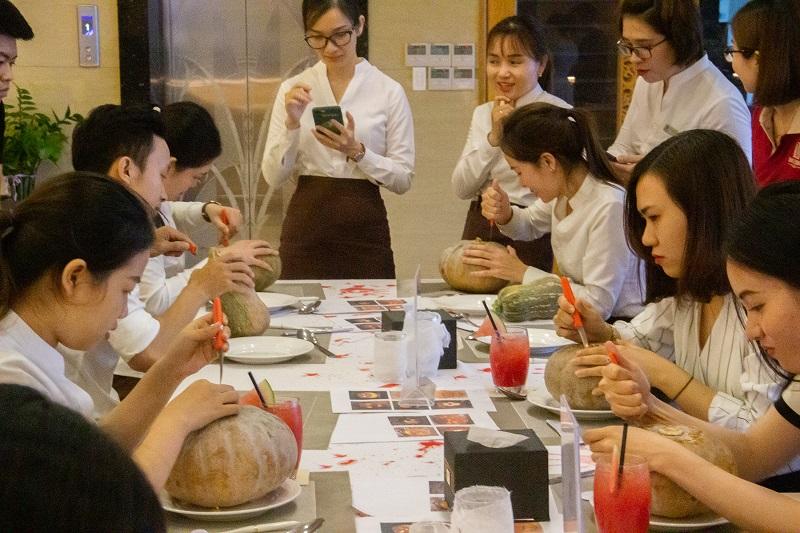 "WORKSHOP ""PUMPKIN CARVING"" AT NHU MINH PLAZA DANANG HOTEL – EXPERIENCES, FEELINGS AND MEMORIES"